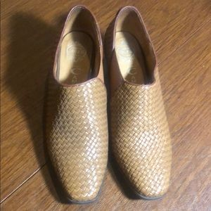 Camel Jeffrery Campbell woven leather loafers